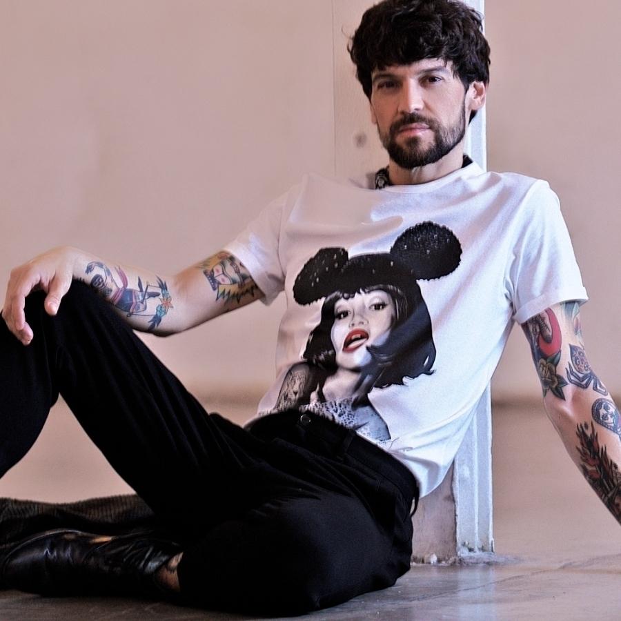 camisetas noami campbell