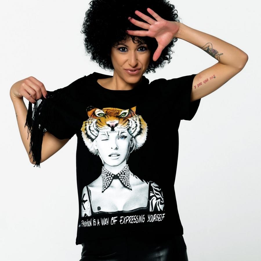 camisetas negras LINDA EVANGELISTA