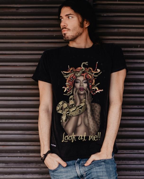 camiseta medusa negra