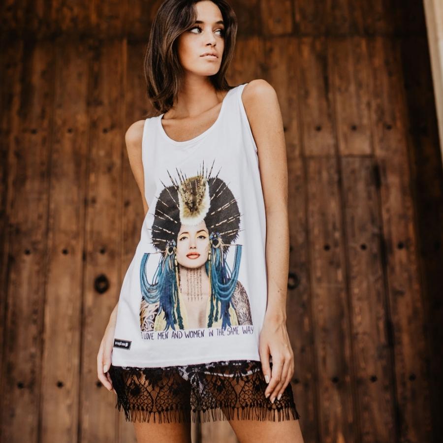 camiseta angelina jolie tirantes