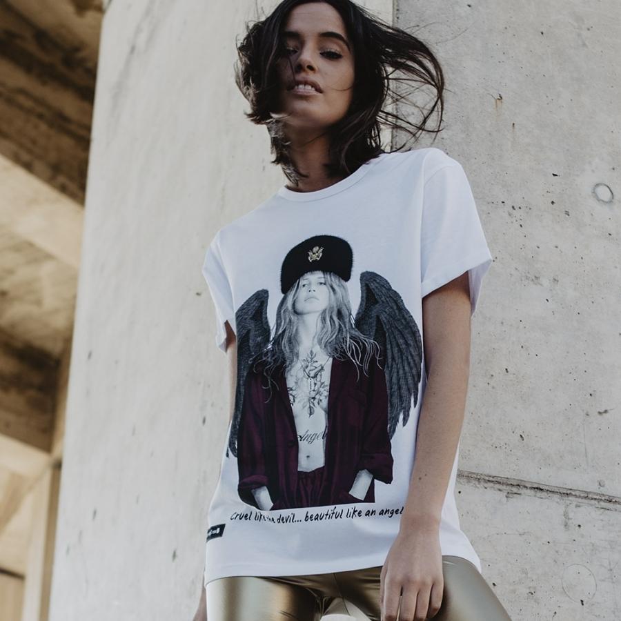 camiseta claudia schiffer 5