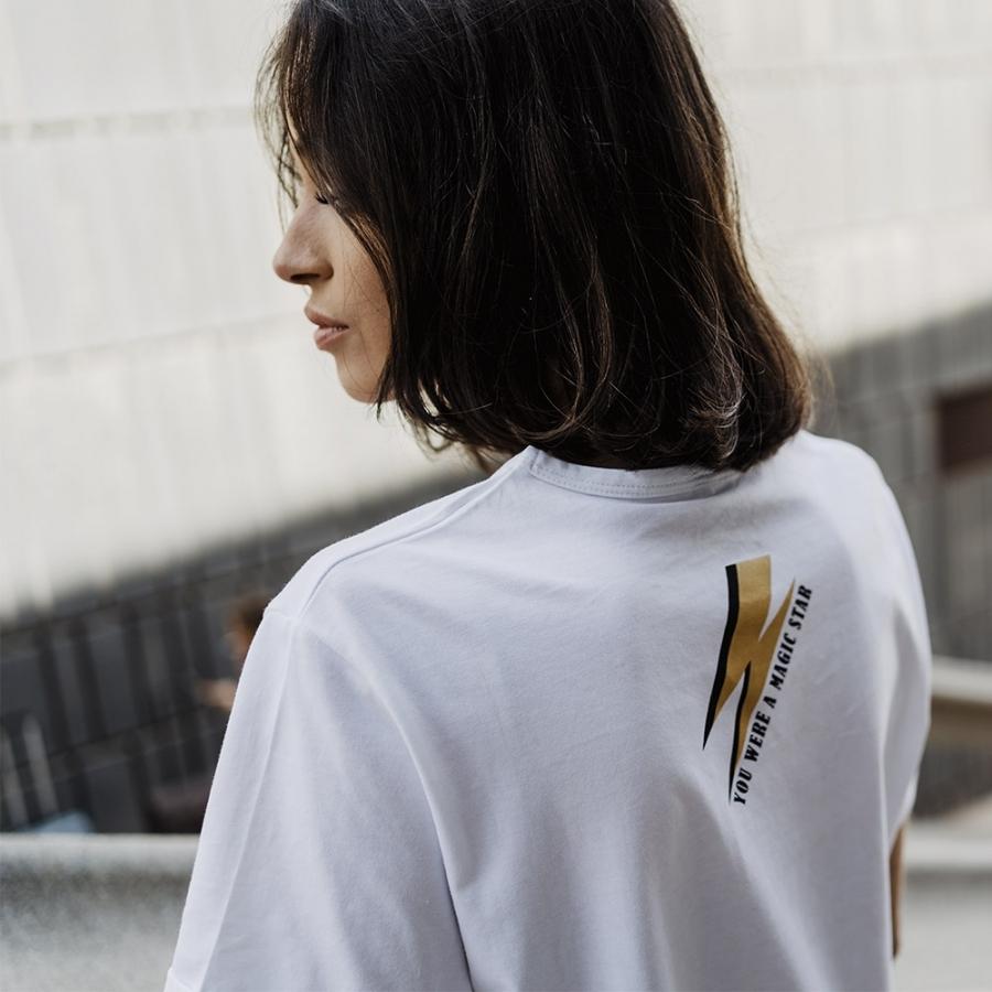 Camiseta kate dorada